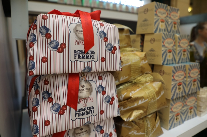 Photo of a stack of panettone, a traditional holiday cake from Italy