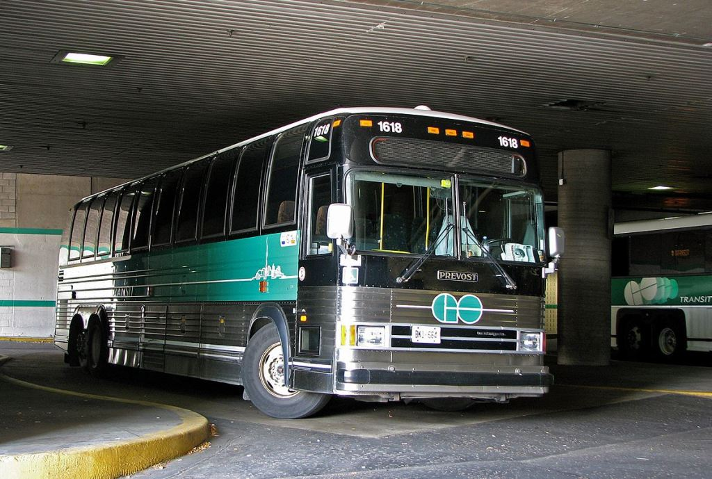 Photo of a 1999 model GO bus
